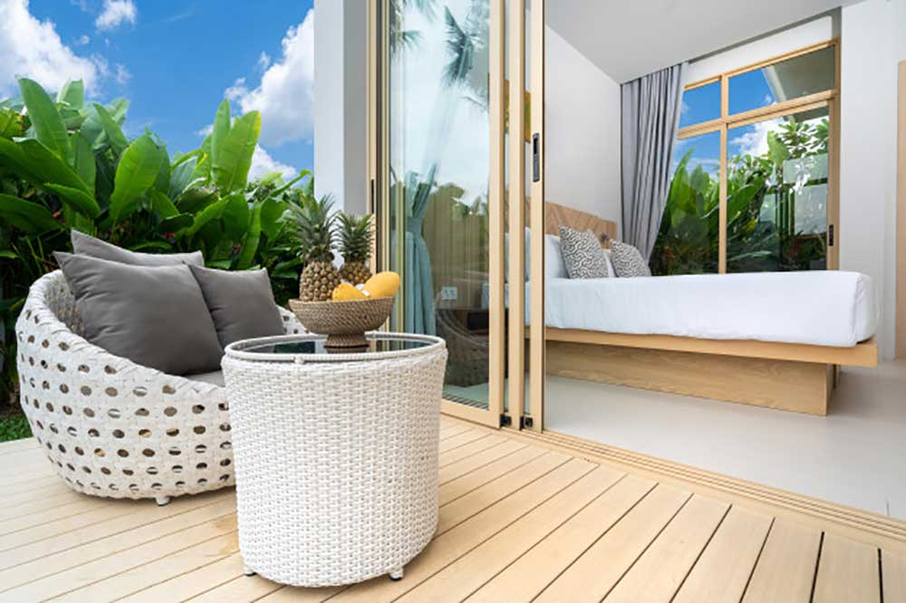 Decks & Balconies